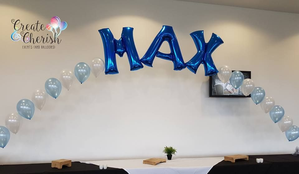 Max foil and latex balloon arch