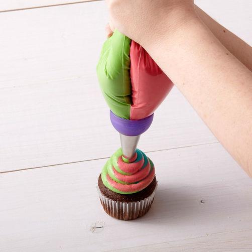 Multi Colour Coupler for Multi Coloured Buttercream Swirls