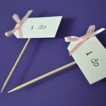 Vintage Party Picks - I do - Ivory Card with Pastel Pink Bows