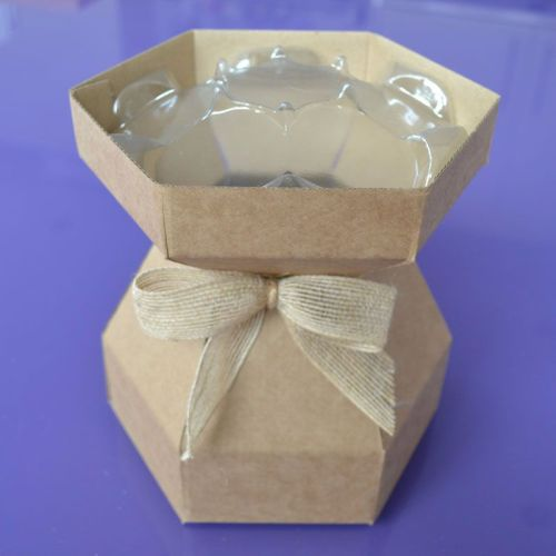 Cupcake Bouquet Box - Natural Kraft with invisiTray™ & Hessian Bow