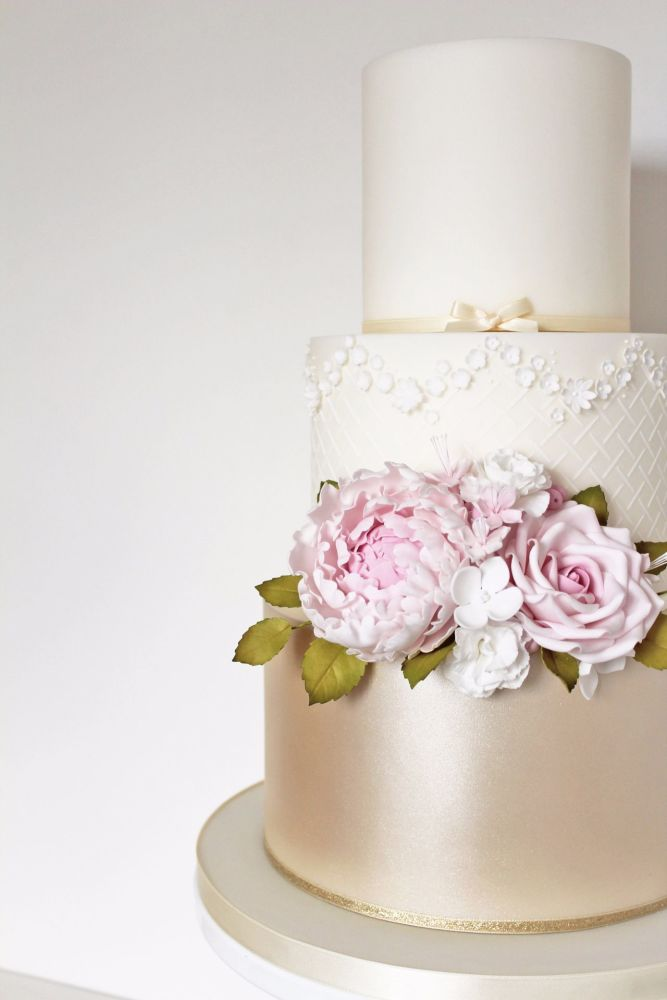 The Designer Cake Company Wedding Cake Class 1