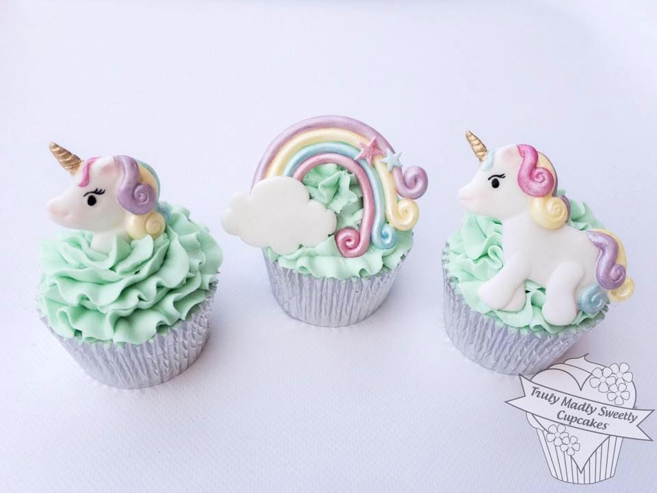 Truly Sweetly Madly Cupcakes Mould - Unicorn