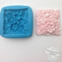 Truly Sweetly Madly Cupcakes Mould - Square Floral Disc
