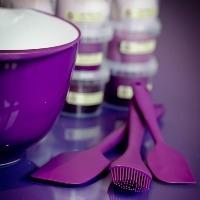 Essential Kitchen Bits - Spatulas, Spoons & Bowls