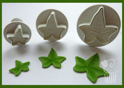 Veined Ivy Leaf Cutter Set x 3