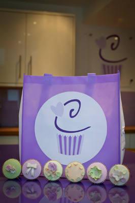 Cake & Cupcake Bag