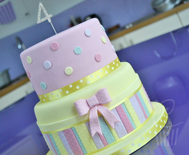 cake---polka-stripes-and-do
