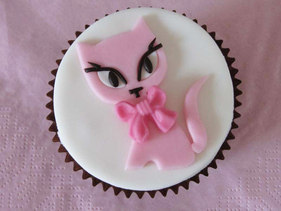 cakes by bien sugarcraft cutter - Kitty Cat2