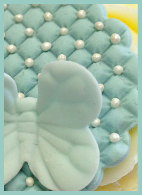 mini quilt embosser detail