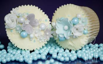 pearl cupcake blue