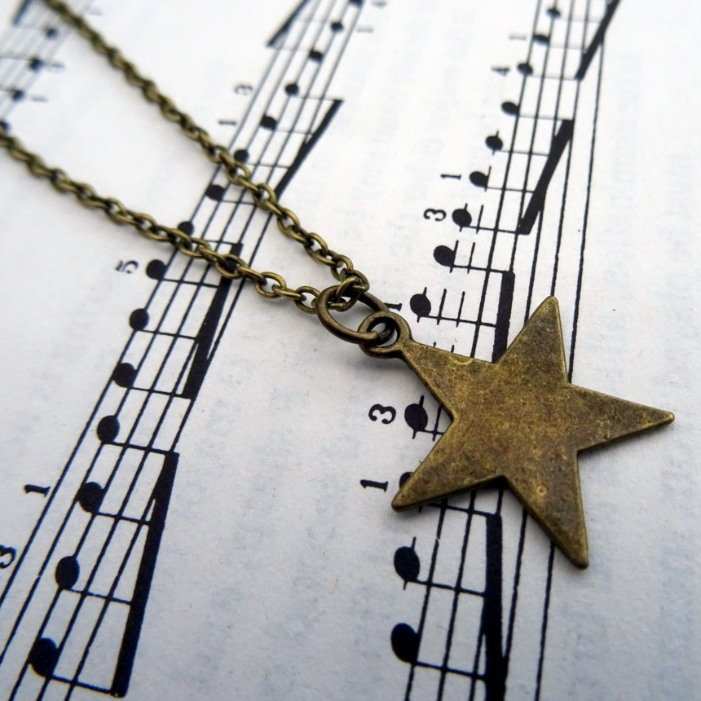 Bronze star charm necklace on chain CN088