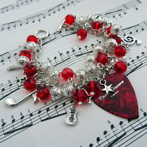 Rock'n'Roll Star plectrum charm bracelet in red CCB059