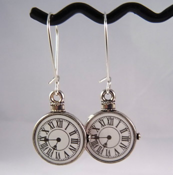 Pocket watch charm earrings - steampunk Alice in Wonderland style SE041