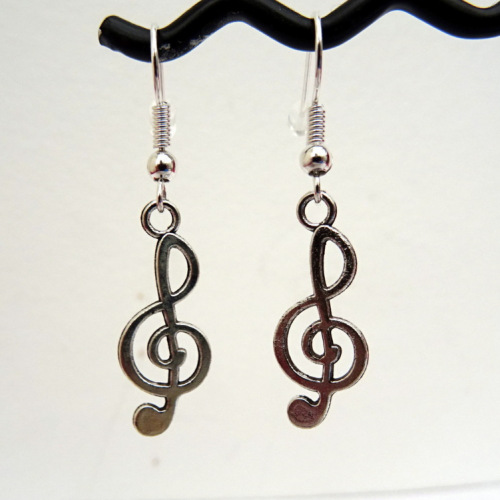 Silver treble clef charm earrings CE021