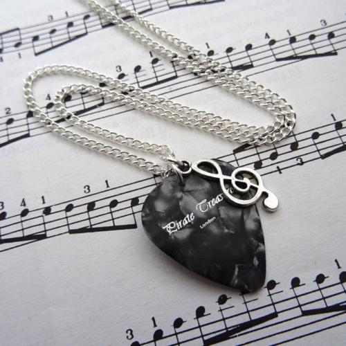 Plectrum & treble clef music note charm necklace CN097