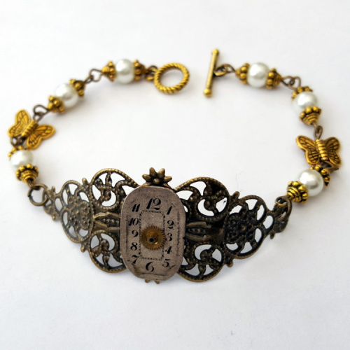 Steampunk beaded bracelet with vintage watch face SB005
