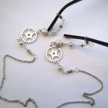 GC007 silver steampunk glasses chain pic1
