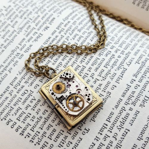Watch movement and locket steampunk necklace SN128