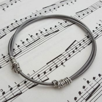 Bass guitar string bracelet (Sisteray) size S GSB018