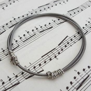 Bass guitar string bracelet (Sisteray) size XS GSB018