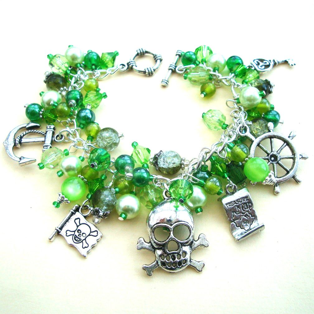 PCB064 Green beads pirate charm bracelet