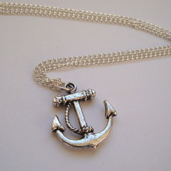 PN015 Silver tone nautical pirate anchor necklace