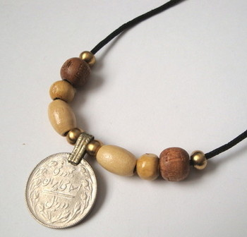 PN087 Kuchi coin and beads pirate necklace
