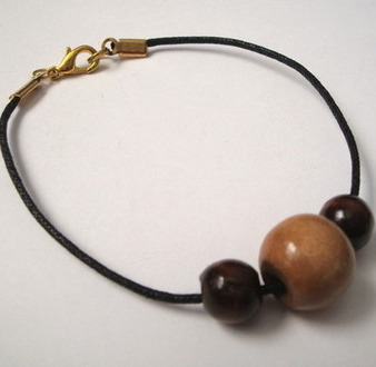 PB001 Pirate bracelet – wooden beads on cord