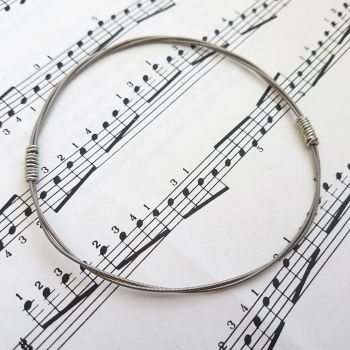 Jack Jones Trampolene guitar string bracelet size L (80mm diameter) JJ044