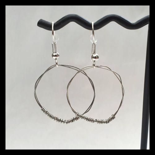 Guitar string earrings CBE01