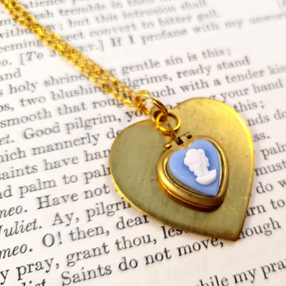 Vintage brass heart & cameo locket necklace VN019