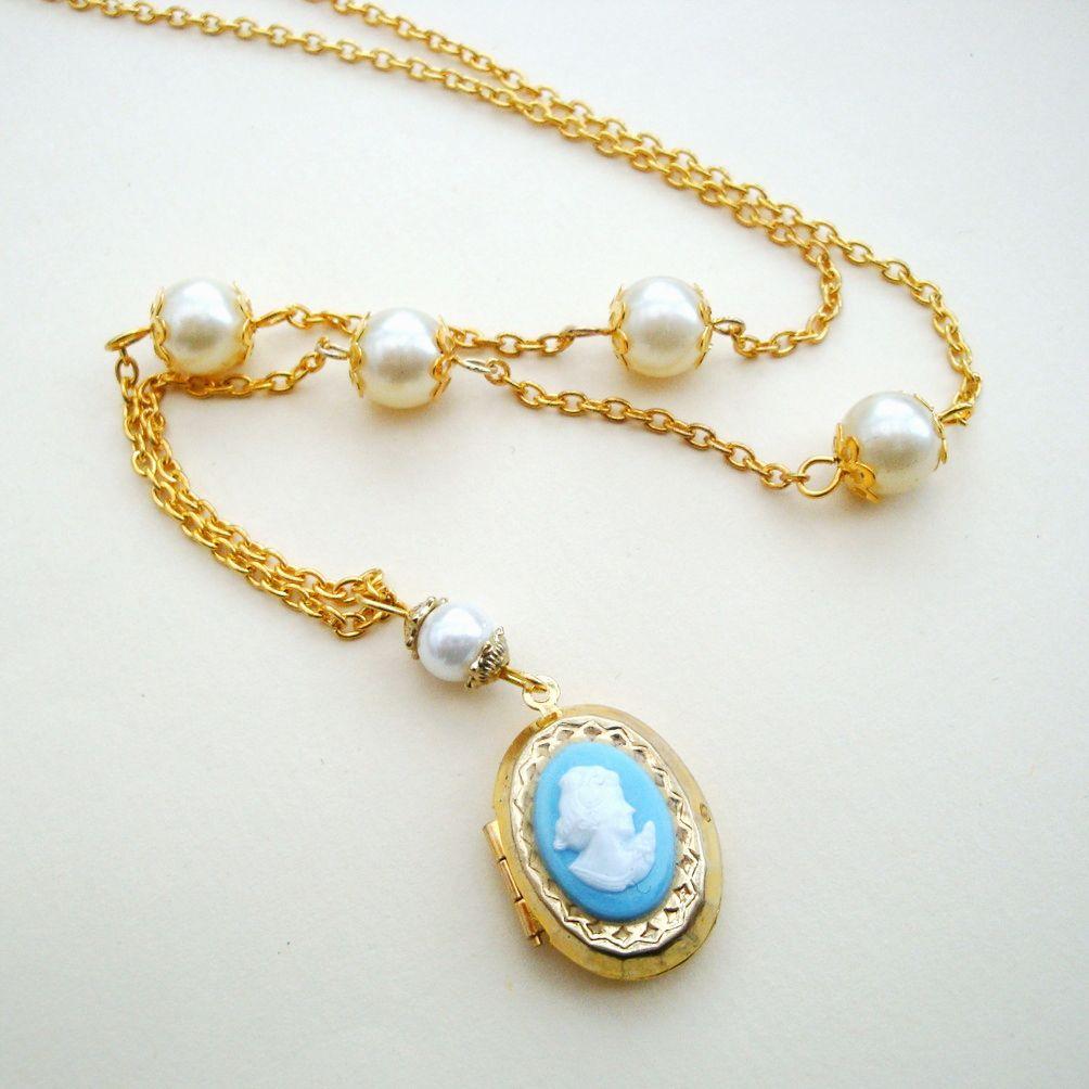 Vintage cameo locket & pearl necklace VN020
