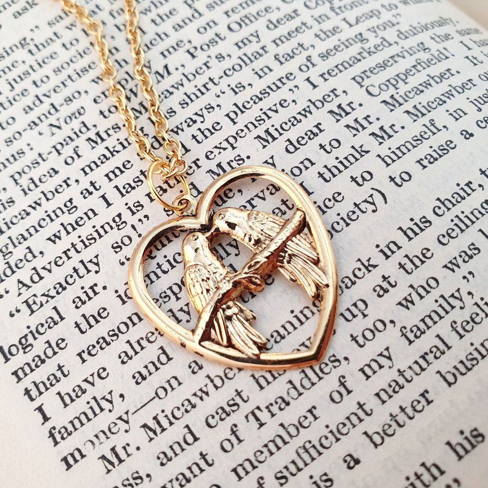 Gold Lovebirds vintage style charm necklace VN028