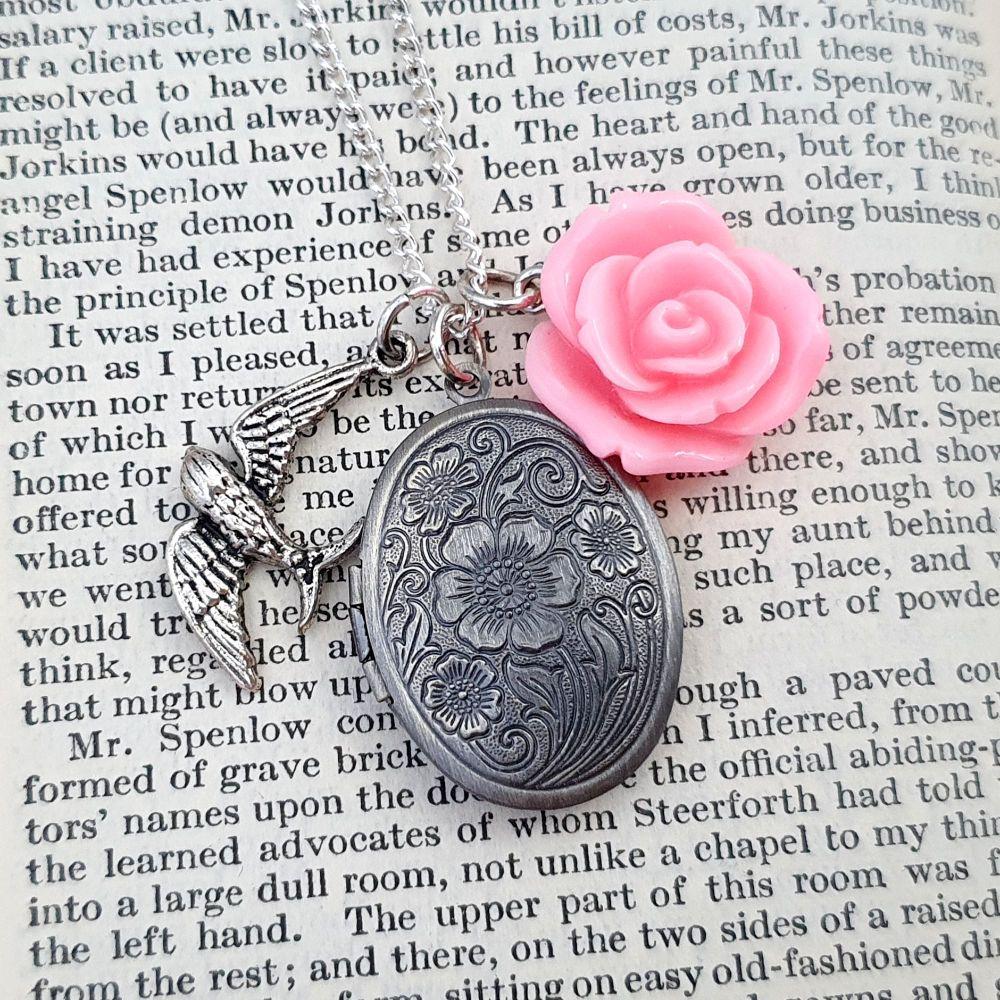Secret Memories locket & pink rose vintage style necklace VN036