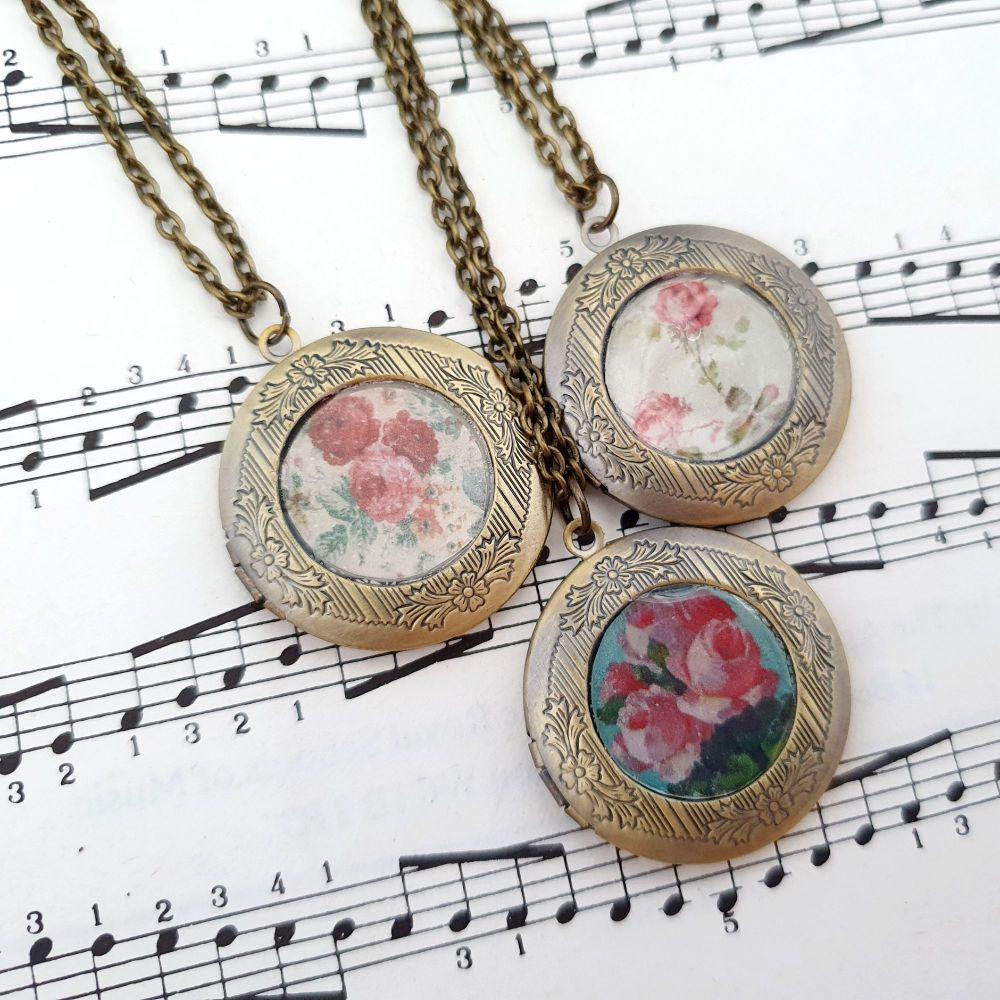 VN056 Vintage inspired floral antique bronze locket necklace