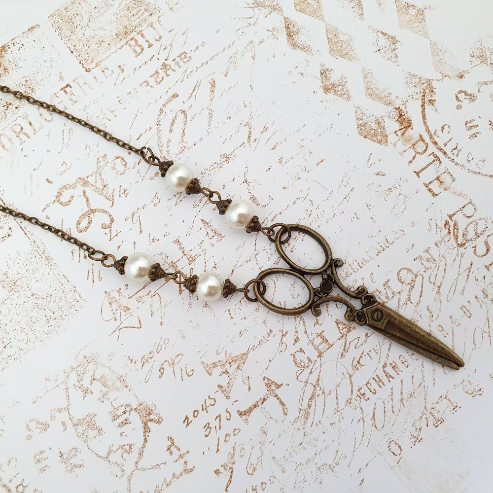Antique bronze vintage inspired scissors necklace VN060
