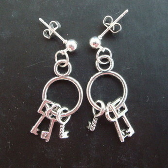 Pirate bunch of key earrings PE038
