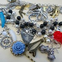<!-010->Vintage & Cool Jewellery