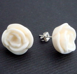 Vintage style ivory rose flower earrrings VE018