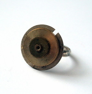 SR023 Steampunk vintage watch cogs ring