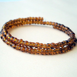 Men's coil beaded bracelet in brown MB004