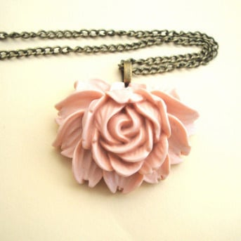 VN071 Pale pink cabbage rose necklace on bronze chain