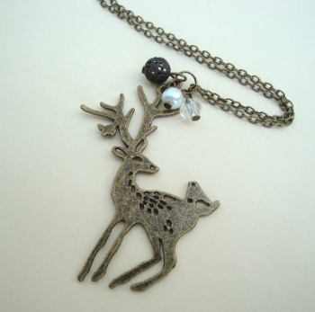 Vintage style deer charm necklace in antique bronze VN083