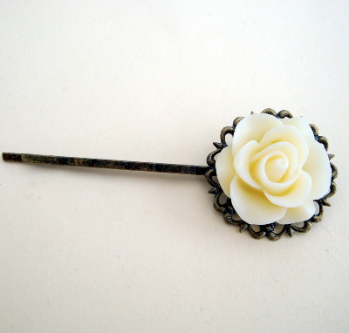 Vintage inspired hair grip - cream rose on bronze pin