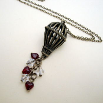 Vintage style hot air balloon charm necklace SN083