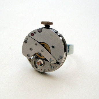 Steampunk ring with vintage watch movement SR035
