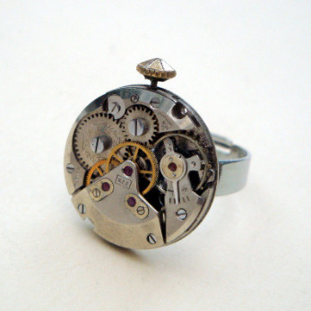 Steampunk ring with vintage watch movement SR036