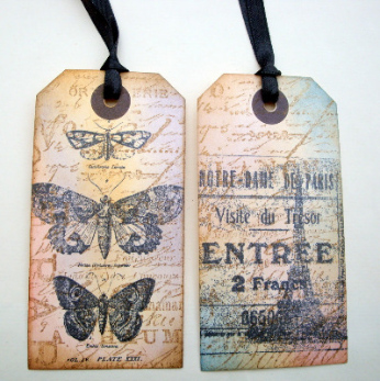2 luggage label gift tags Vintage inspired butterflies & Paris GT012