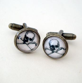 Pirate skull & crossbones cufflinks PC01