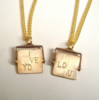 VN017 Vintage 'I Love You' spinner necklace